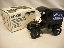 ERTL 1905 Ford's 1st Delivery Car Coin Bank Ford Sales & Service B245