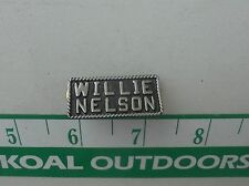 WILLIE NELSON HAT PIN DARK BACKGROUND PEWTER OLOR -NEW