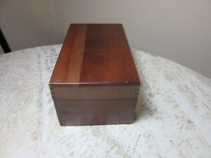 Vintage 1973 Merchants Box Co. index card file