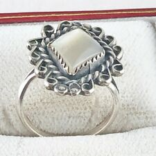 Vintage Silver Native American White Stone Ring from Estate 8E