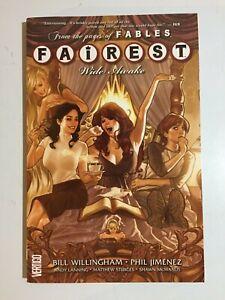 Vertigo~ Fairest ~Wide Awake~ Softcover~ Vol. 1~Graphic Novel~2012~1st Print~VF+