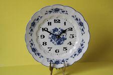 traumhafte Wanduhr Porzellan Blumendekor Drehschwingerwerk 4 Jewels 041826