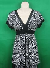 Temt, Ladies, Size Large, Black & White Blouse