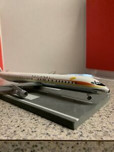 AC 200 diecast 1:200 scale model National DC-8-61 commercial airliner N45090