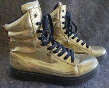 Dr. Doc Martens faux Gold Snake Skin 10 eye Boot US11 UK9 Eu43  Women's