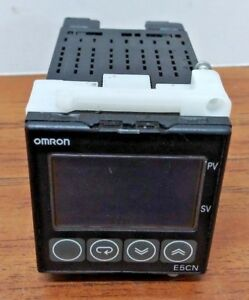 Omron E 5CN E5CN-Q2MT-500 Temperature Controller