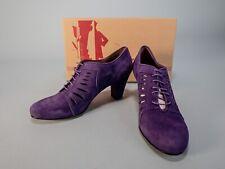 Re-Mix Classic Vintage Uptown Violet Suede Shoes Size 7