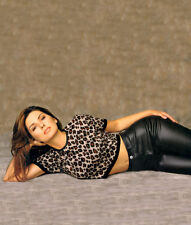 Shania Twain UNSIGNED photo - F662 - STUNNING!!!!!
