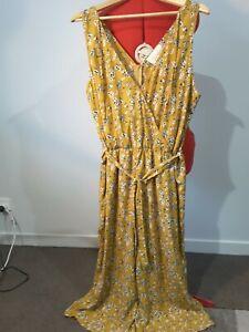 Boho Bird Mustard Floral Jumpsuit size 18. Never worn.