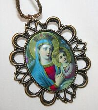 Handsome Scallop Rim Our Lady Madonna & Christ Child Glass Cameo Medal Necklace