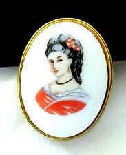 VTG UNSIGNED LIMOGES FRANCE  LADY PORCELAIN PIN BROOCH