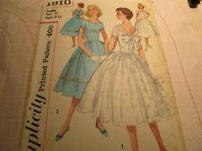 Vtg Simplicity Round Neck V-Back w/Bow Full Skirt Party Dress Pattern 1910/Jr 11