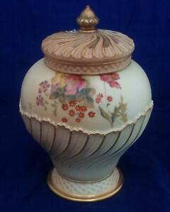 Antique Royal Worcester Porcelain Blush Ivory Pot Pourri Vase Crown 1720 1903