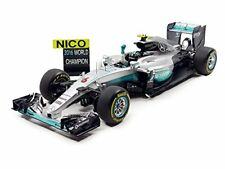 Spark 18s250 – Mercedes GP W07 – Abu Dhabi World Champion – 2016 – escala 1/1...