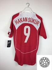 Turkey HAKAN SUKUR #9 04/06 *BNWT* Home Football Shirt (M) Soccer Jersey