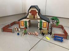 Playmobil 3072 (Farmyard Barn & Accessories)