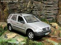 1:24 MERCEDES BENZ ML320 1997   MAISTO