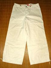 Esprit Damenhosen mit mittlerer Bundhöhe in Kurzgröße