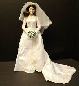 """The Danbury Mint Collectibles 2011 """"The Princess Kate Bride Doll"""""""