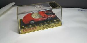 Dinky Toys 1430 Fiat Abarth 2000 avec boite - Made in France.