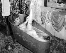 "AMANDA BLAKE ""MISS KITTY"" IN CBS SHOW ""GUNSMOKE"" - 8X10 PUBLICITY PHOTO (AB-672)"