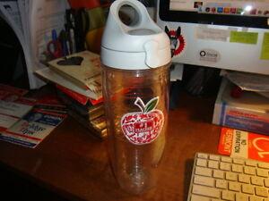 Tervis Tumbler #1 Teacher Water Bottle 24 Oz. Grey flip Lid
