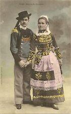 CARTE POSTALE MARIES DE QUIMPER COSTUME ET FOLKLORE