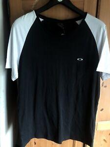 Oakley Tshirt Mens XL