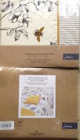 BNWT JOULES PILLOWCASE IMOGEN FLORAL BEES. STANDARD HOUSEWIFE. 74cm x 48cm