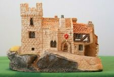 """Lilliput Lane """"Castle Street"""" Used - In excellent condition with deed, boxed."""