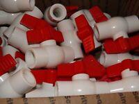 """(50 Valves) 1/2"""" PVC Ball Valve-Threaded White - Threaded Ball Valve, Tee"""