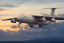 Roden 325 - 1:144 Lockheed c-141b STARLIFTER-Neuf