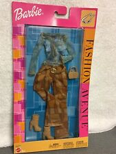 2002 BARBIE FASHION AVENUE B3366 ASST. 25701 NRFB