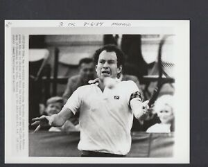 John McEnroe 1985 Tournament of Champions 7x9 Glossy AP Photo W/Caption