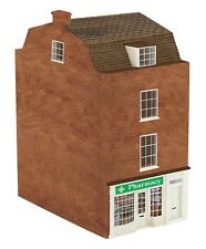 Hornby R9768 Skaledale 'The Pharmacy ' 1/76 Scale = 00 Gauge New Boxed -T48 Post