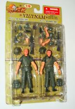 1:18 Ultimate Soldier Vietnam US Army 173rd AB  Pvt Gonzo Lt Bulldog set Figure