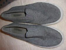 MEN'S GRAY SLIP  ON SHOES SIZE 8 MADE BY OLD NAVY