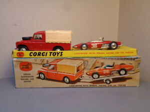 CORGI TOYS GIFT SET No 17 LAND ROVER + FERRARI RACING CAR VERY RARE VG IN BOX