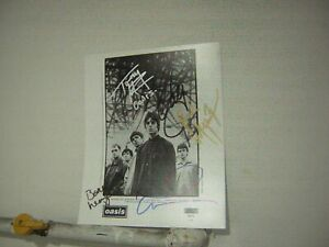 Oasis Signed Promo Press Photo 1994 By 5 Musicians Noel & Liam Gallagher