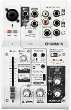 Yamaha AG03 Kombiniertes USB 2.0 Audiointerface und Mischpult 24 Bit/192 kHz
