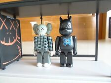 NEW 2002 KAWS ORIGINALFAKE KidRobots Kubrick BusStop series 2 - 100%AUTHENTIC