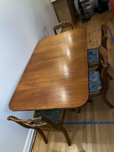 1930's Duncan Phyfe Mahogany Drop Leaf Antique Table With 4 Tell City Chairs