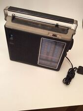 General Electric GE P4960A Weather Band Radio - OR I CAN PART IT OUT - SEE DESCR