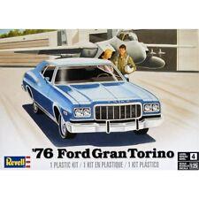 REVELL 1/25 76 FORD GRAND TORINO PLASTIC MODEL KIT RE854412