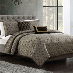 New - Hallmart Collectibles Torcido 6 Pc Queen Duvet Cover with Filler Set $400