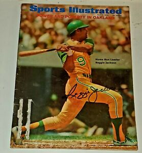 REGGIE JACKSON Signed A's Yankees 1969 Sports Illustrated, Perfect HOF Auto