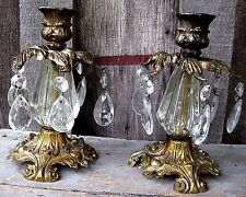 PAIR VINTAGE ANTIQUED GOLD TONE CANDLESTICKS HOME & GARDEN TAPER CANDLE HOLDERS
