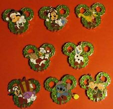 DISNEY WDW HAPPY HOLIDAYS 2014 WREATH MYSTERY COMPLETE SET  8 PINS HARD TO FIND