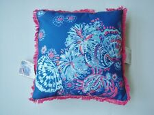 "NWT LILLY PULITZER 18"" x 18"" Indoor/Outdoor Pillow Pink Blue"