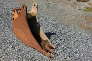 """12"""" Case 580 Bucket, 45-38 mm Pins, 10-5"""" Stick Width"""